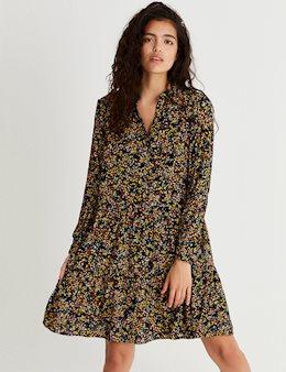 71475263 Kjoler hos MESSAGE.dk   Shop lækre kjoler fra modebrands